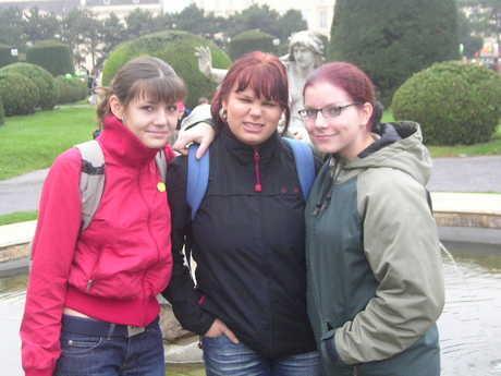 Tak toto jsou tri naprosto prasteny holky:-))