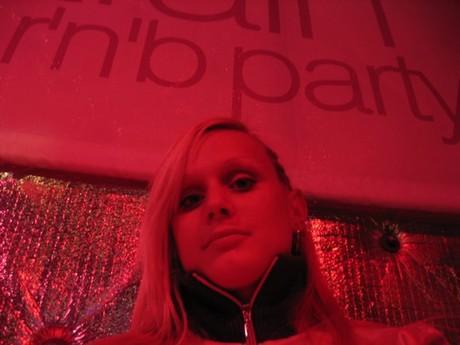 ....trosku v cerveny v Radosti...jjj urban R´n ´B party...