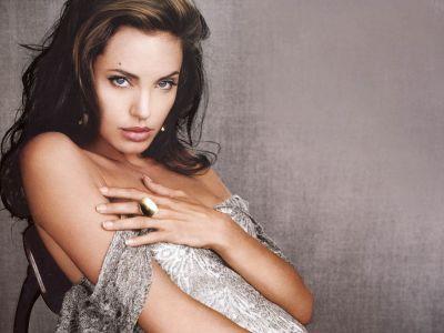 Angelina Jolie!1424!