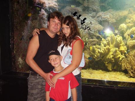 Tak to jsem ja s moji rodinkou:)mvmmmr!1!!5!!11!