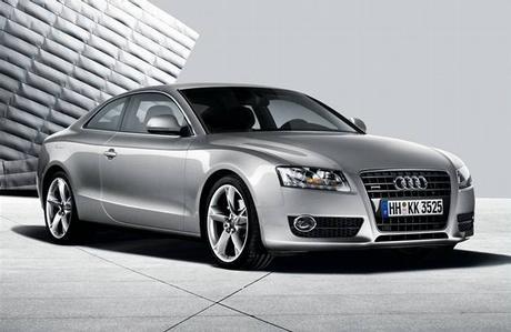 Autíčko, které mě velmi oslnilo....Audi A5!1424!