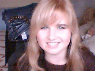 blondýnka........