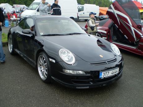 Porsche taky klasne ze!!!!1423!