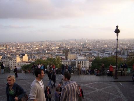 Paříž...
