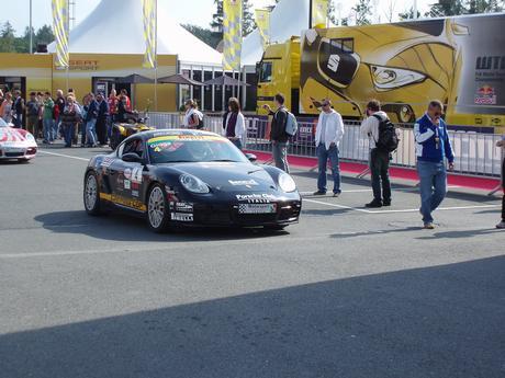 asi po šestý Porsche Cayman !16!