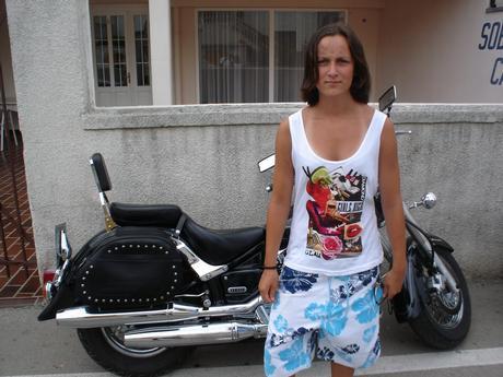 já u náký motorky !!! to je kus co !!! s timhle jet na dovču ... hmmmmmmmm