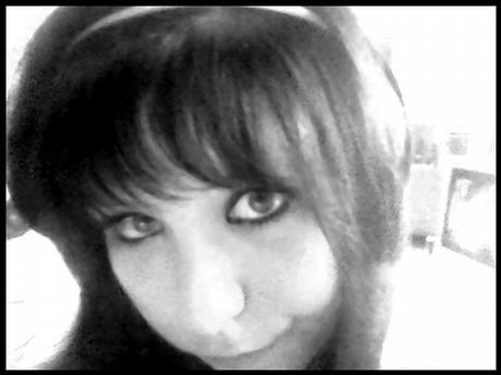 -_Nicole_-