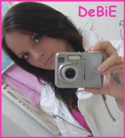 Debie,vpohode holcina mno bejvala devatacka z nasi skoly skoda ze uz ti devataci odesli byla snima prdel !1!
