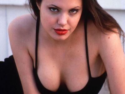 Nadrzana Angelina Jolie