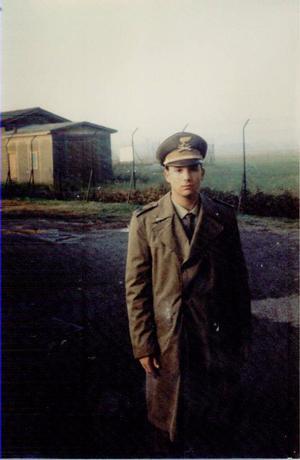 Moje služba u vojenské policie na letišti v Itálii.