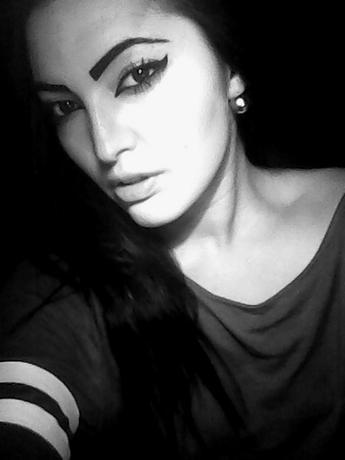 ewya_fifi_na
