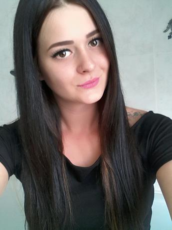 3.M.O.girl