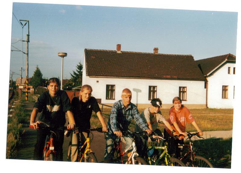 dovolena se setrenkou v roce 2002 v Trebestovicich,bylo tam krasne!1267!