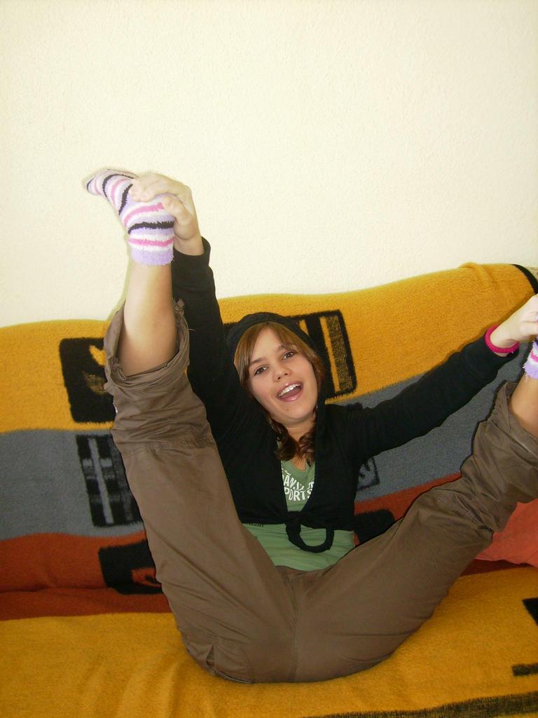 nechápu jak to ty baletky dělaj...já když si ty nohy takhle chytnu tak je nepropnu ani omylem!2!