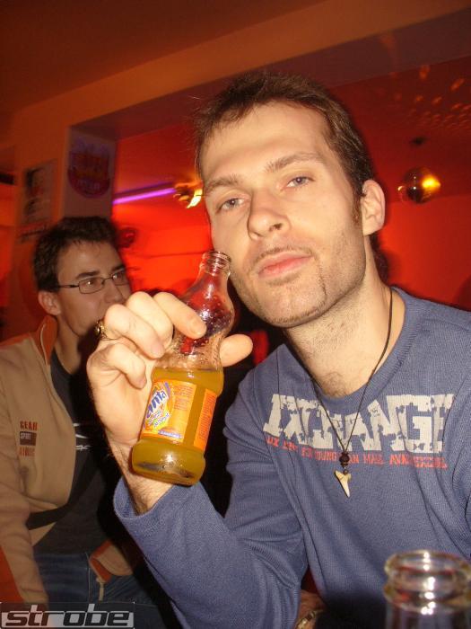 3.11.2007 Sonne Edition, Topolná, okr. Zlín. Pohoda při sklence vychlazené FANTY  !2!
