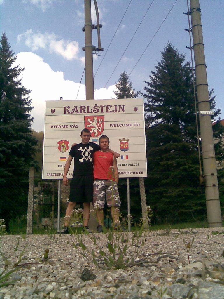 Já s Myšákem na nedělnim výletě na Karlštejn