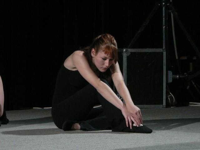 Balet 2007-Jinak je to moje ségra...upa nádherná tanečnice...a hrozně šikovná...a tady jí to mocky sluší ..mám tě strašně ráda