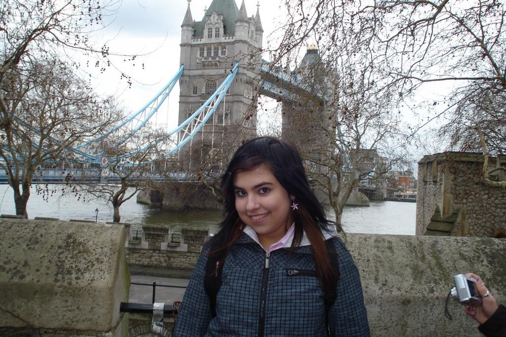 Moe modelkááá u Tower Bridge. !538!