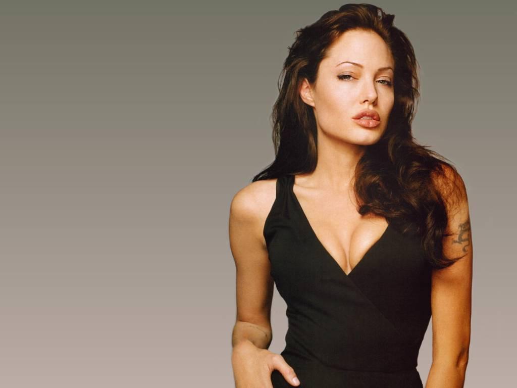Angelina Jolie .. na tu nikdo nemá !54!