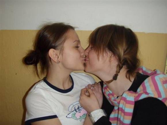 Lásko ta pusinka byla z lásky a tak to taky vždycky bude............... !11!