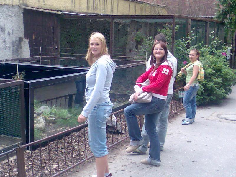 Zoo, už netuším jaká ale byl tam strašně véééééééééééééééééééééééééééééééééélkej pták.