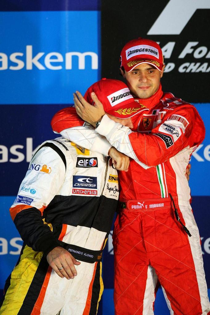 Oni spolu !1323!Alonso Massa...miluju !878! !1323!