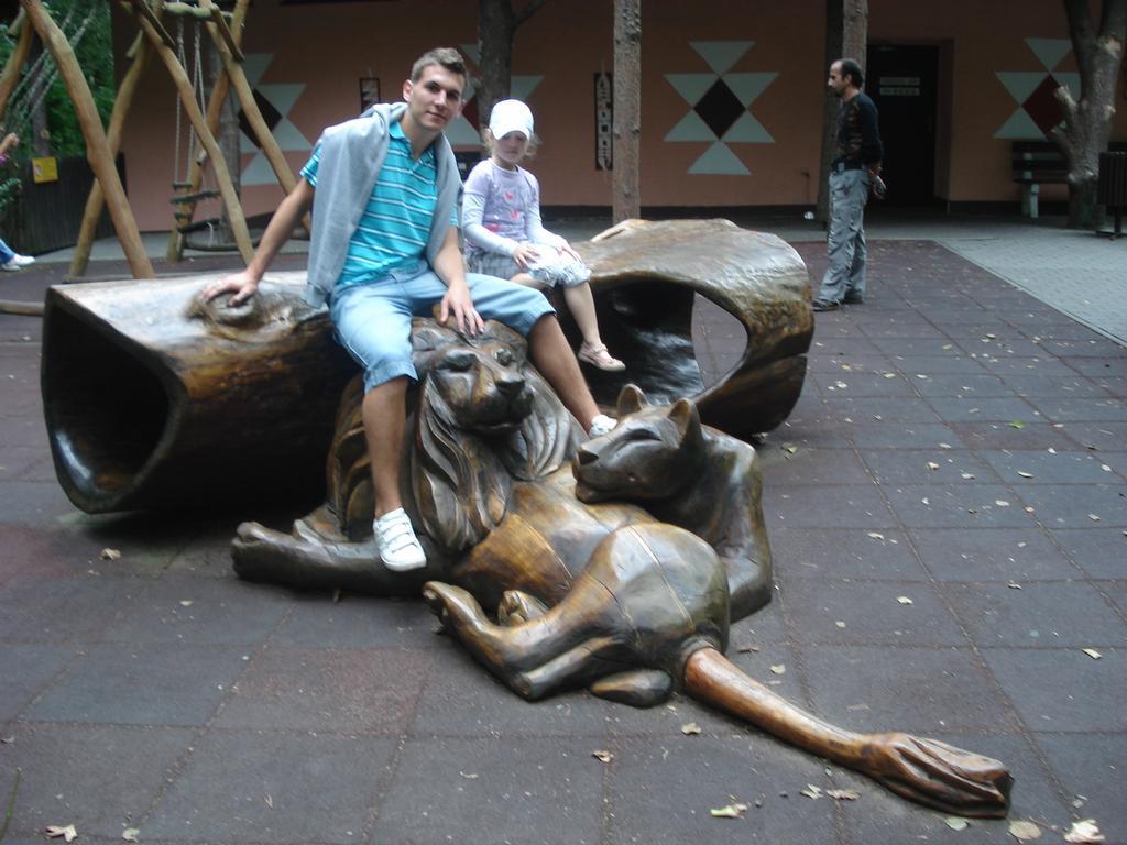 V zoo s neteří...
