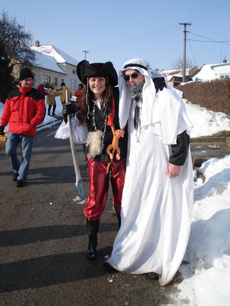 Johnny Depp a nějakej arab či co...