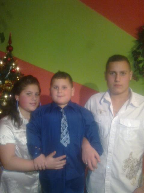 tak to jsem ja a moje dva bráchove M.t.M.r.!1424!