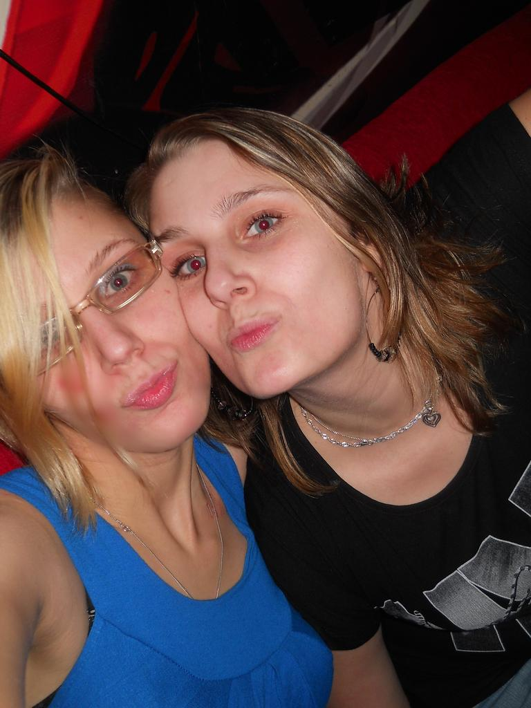 ja a moje milovana sestricka !11! !11!