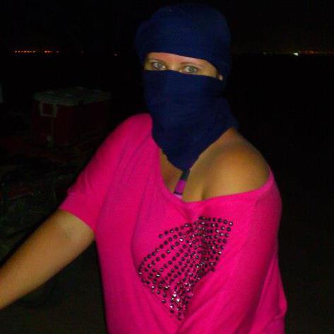 Egypt březen 2013...  jako jejich ženy :-)