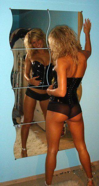zrcadlo,pověz.....