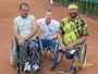 Kámoši tenisti vozíčkáři...