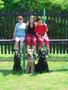 3 holky, 3 psy... a 3 magori postizeny...