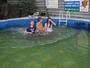 Andy,Dusik a Nikol.....v bazenku...