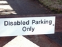 V Anglii jsou handicapovaní DISABLED!!...
